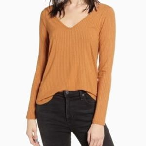 NWT LOVE, FIRE | CASHEW LONG SLEEVE V NECK